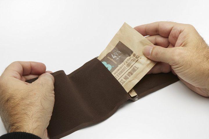 inserting boveda into fabric holder